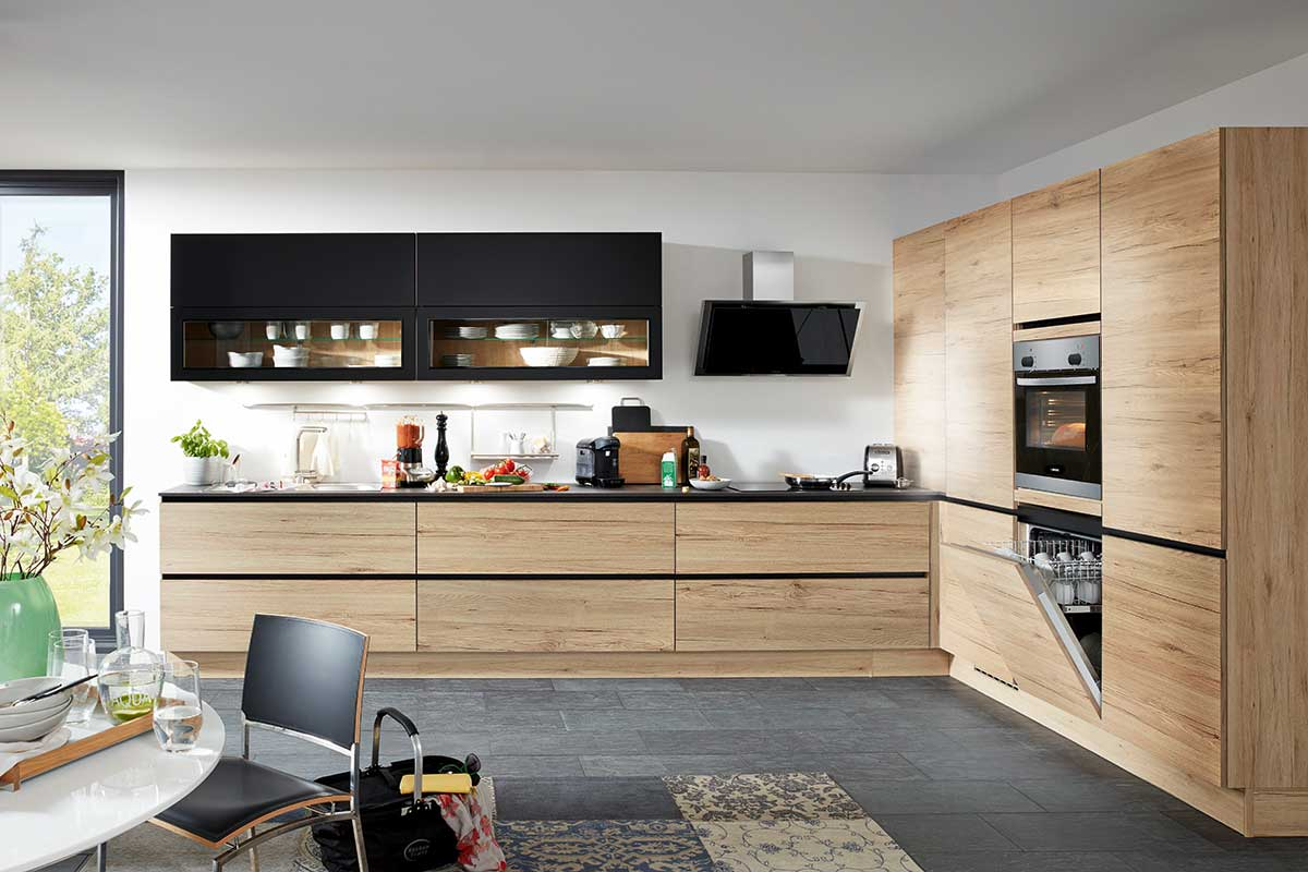 Moderne Küche - Ihr Küchenfachhändler aus Kolbermoor: Küchen Design ...